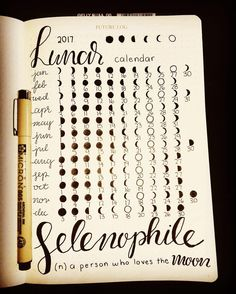 "48 mentions J'aime, 2 commentaires - Bullet Journal by Alli (@bulletjournalbyalli) sur Instagram : ""2017 Lunar Calendar................ #bulletjournal #bulletjournaling #bulletjournaljunkies…"""