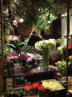 Flowers shop in Paris Paris Shopping, Flower Shops, Display, Flowers, Inspiration, Ideas, Tents, Floor Space, Biblical Inspiration