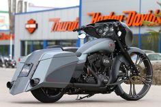 Harley-Davidson StreetGlide | Thunderbike Grey Eagle Next Bagger Generation