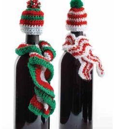 Adorable crochet bottle hats & scarves for a #fabulouslyfestive holiday!