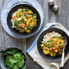 Vegan Coconut Chickpea Curry recipe: Try this Vegan Coconut Chickpea Curry recipe, or contribute your own. Chickpea Coconut Curry, Vegan Curry, Quinoa, Curry Recipes, Salad Recipes, Diet Recipes, Vegan Recipes, Chickpea Recipes, Skinny Recipes