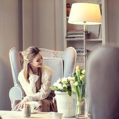 Zapraszam na bloga :) czeka na Was wiosenna sesja w pięknym wnętrzu fot @thetimestop  #me #coffee #love #romantic #dress #amazing #fashion #smile #polishgirl