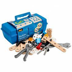 Ben je een bouwer of amuseer je je steeds weer met dingen uit elkaar te schroeven? Dan is deze gereedschapskist beslist iets voor jou! Vanaf 3 jaar kan je er al mee beginnen werken.De kist zit vol beukenhouten plankjes met gaten, verbindingsstukjes en schroeven en het nodige gereedschap.Alle onderdelen zijn onderling combineerbaar en kan je later blijven gebruiken voor je constructies met de andere dozen van Brio Builder.Alle houten plankjes zijn blank hout en perfect glad afgewerkt me...