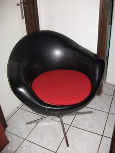 Retro chair from Hungary. www.authentichongaars.com