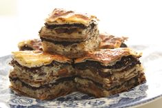 Bregovska pita is a Croatian cake made with 8 layers of stuffing. Layer of walnut, layer of apple, then layer of raisins and poppy seeds. And than all that all over again. Who could resist it. Serving Cool the cake a little bit, cut in cubes, sprinkle with powder sugar and serve. Preparation time [...]