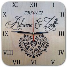 Egyedi kérés alapján gyártott órák,Fa falióra,magyaros motívummal, egyedi névvel,dátummal