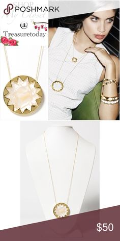 House Of Harlow Sunburst Mother Of Pearl Necklace Stunnig necklace! Brand new without tags. Beautiful white mother if of Pearl set in gold tone sunburst round pendant. Delicate long necklace. The perfect gift! Seen on Jessica Alba in black (3rd picture). Bundle 2 or more items to get %10 off. 💘 House of Harlow 1960 Jewelry Necklaces