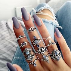"""If you're unfamiliar with nail trends and you hear the words """"coffin nails,"""" what comes to mind? It's not nails with coffins drawn on them. It's long nails with a square tip, and the look has. Cute Acrylic Nails, Acrylic Nail Designs, Cute Nails, Pretty Nails, Nail Art Designs, Glitter Nails, Design Art, Trendy Nail Art, Nails Tumblr"""