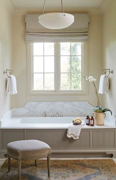 Traditional bathroom 861524603699965645 - Friday Inspiration: Our Top Pinned Images — STUDIO MCGEE – gorgeous bathroom Source by valentijnsonley Beautiful Bathrooms, Modern Bathroom, Master Bathroom, Remodled Bathrooms, Colorful Bathroom, Bathroom Colours, Bohemian Bathroom, Neutral Bathroom, Attic Bathroom