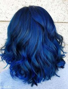 20 Amazing Blue Black Hair Color Looks Blue Hair Amazing Black Blue color hair Blue Black Hair Color, Light Blue Hair, Cool Hair Color, Blue Hair Colors, Pelo Color Azul, Rides Front, Dye My Hair, Hair Highlights, Hair Designs