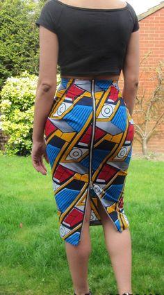 Jupe africaine impression haute cintrée long crayon par MakaymaChic                                                                                                                                                      Plus