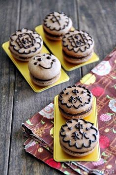 Happy Mid-Autumn Festival with Festive Macarons #MidAutumnFestival