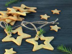 Vaniljekjeks Norwegian Food, Gingerbread Cookies, Menu, Christmas Ornaments, Holiday Decor, Desserts, Diy, Baking Soda, Christmas Presents