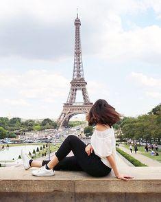 Check out trending dresses for Eiffel Tower Photography, Paris Photography, Travel Photography, Paris Pictures, Travel Pictures, Country Poses, Travel Pose, Autumn Instagram, Paris Wallpaper