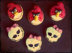 Una familia un tanto rara...Angry Birds and monster.