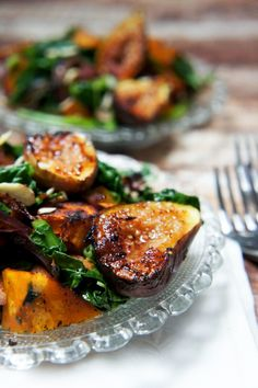 Essen Warm Warm Spinach Salad with Figs & Butternut Squash — Foraged Dish Lamb Recipes, Vegetarian Recipes, Cooking Recipes, Healthy Recipes, Spinach Recipes, Recipes With Figs, Delicious Recipes, Cooking Tips, Warm Salad Recipes