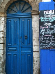 More delicious food on offer Essaouira Medina, Delicious Food, Tall Cabinet Storage, Bicycles, Home Decor, Decoration Home, Room Decor, Yummy Food, Interior Design