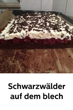 Black forests on the tin - Backen - Kuchen Veggie Recipes, Cake Recipes, Pudding Desserts, Black Forest, Popular Recipes, Pasta Dishes, Easy Dinner Recipes, Food And Drink, Sweets