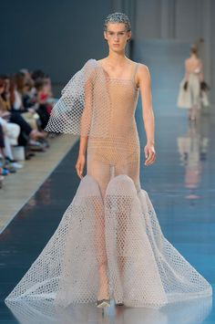 The Best Gowns From Paris Couture Week Fall 2015 - Maison Margiela | StyleCaster