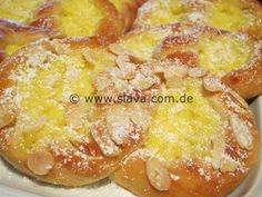 Muffins, Macaroni And Cheese, Biscuits, French Toast, Cookies, Baking, Breakfast, Sweet, Ethnic Recipes