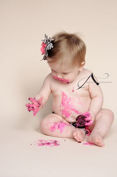 Baby, baby poses, baby one year pics, one year pictures, cake smash