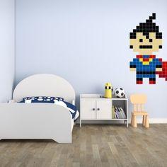 Bohaterowie kreskówek na ścianie w pokoju dziecka