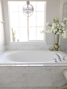 Another fabulous addition to our Bright White Home Series. Today I'm sharing the gorgeous home of my fabulous friend Jan Scarpino. Come be inspired! Another fabulous add White Bathroom, Bathroom Interior, Bathroom Ideas, Zen Bathroom, Bathroom Inspo, Bath Ideas, Bathroom Designs, Master Bathroom, Pottery Barn