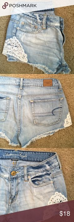 Lace Denim shorts AE Lace denim shorts. Rarely worn. Super cute for the spring and summer! Smoke and pet free home. American Eagle Outfitters Shorts Jean Shorts