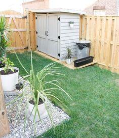 Small Garden Ideas Diy, Small Backyard Design, Backyard Ideas For Small Yards, Small Outdoor Spaces, Small Backyard Gardens, Backyard Patio Designs, Small Gardens, Small Garden With Shed, Cool Backyard Ideas