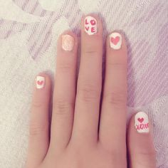 cool Valentine's Day Nails!  #valentineday #valentinedaynails #nails #naildesigns... by http://www.aloonails.top/valentine-day-nails/valentines-day-nails-valentineday-valentinedaynails-nails-naildesigns/