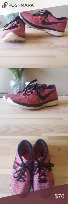 Nike Flyknit Lunar 3 SZ 7 Great condition! Not worn much at all. Extremely comfortable. Always open to reasonable offers! Nike Shoes Sneakers