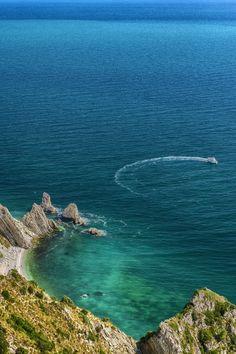Portonovo, Riviera del Conero, spiaggia delle Due Sorelle, 87 km da Pesaro - Discover the other Italy