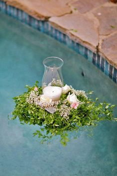 21 Wedding Pool Party Decoration Ideas For Your Backyard Wedding Pool Decor Ideas For Your Backyard Wedding ★ See more: www. Backyard Wedding Pool, Garden Party Wedding, Wedding Guest Book, Wedding Reception, Pool Wedding Decorations, Decor Wedding, Cinderella Wedding, Floating Candles, Cool Pools