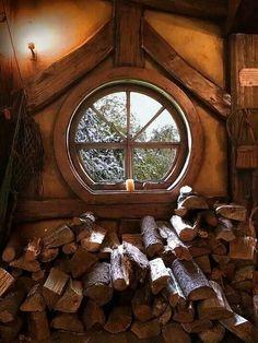 Hobbit house window ♡♥