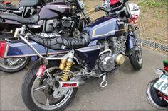 ROAD RIDER: Street motorcycle in Japan - Kawasaki ZEPHYR 400 角タンク&洗濯ばさみ仕様
