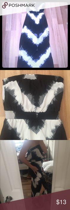Black and white chevron maxi. A cool and comfy summer maxi! Strapless. Empire waist. White lining to above the knee. Bad Angelina Jolie impression shows the where the slits fall. Slots on both sides. Mossimo Supply Co Dresses Maxi