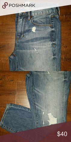 JCREW boyfriend jeans Excellent condition super stylish, you can happily pair these with any top of your choice. J. Crew Jeans Boyfriend