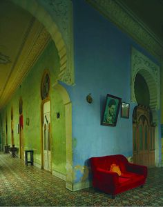 imperiovida:  Red Couch - Havana by Michael Eastman Cuba 2010