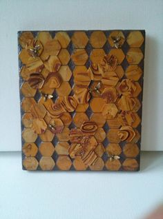 Check out this item in my Etsy shop https://www.etsy.com/listing/213990164/honey-bee-wall-mosaic-wall-art