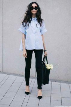 Otra opción, para mismo look, pantalón negro, camisa azul bebé y zapatos aguja. Bolso/ Maxi. Toque especial, brazalete. Sin recargar, sutil y elegante.