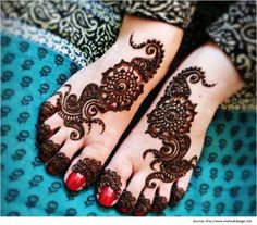 Top 13 Beautiful Arabic Henna Designs for the Feet