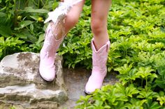 Pink cowgirl boots -- adorable!   Get them here:  http://www.onlinebootstore.com/great-boots/items/BT858.html