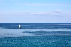 Mare. Liguria aprile 2014 #mare #vele #cielo #liguria