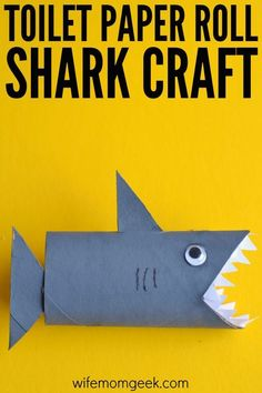 Paper Discover Shark Toilet Paper Roll Craft - Glue Sticks and Gumdrops Learning about ocean animals? Just want to make a fun craft with the kids for shark week? This shark toilet paper roll craft is so easy and fun! Animal Crafts For Kids, Summer Crafts For Kids, Paper Crafts For Kids, Toddler Crafts, Art For Kids, Children Crafts, Kids Diy, Kids Arts And Crafts, Paper Animal Crafts