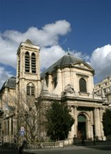 One of my most favorite Catholic churches in the world.  If you are in Paris, visit.  You will get a real church, a real prayerful church... NOT a tourist attraction. For real Catholics only.