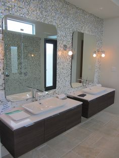 Scavolini Cabinets, Trend Tile, Hansgrohe Faucets and Duravit Sinks = Perfection