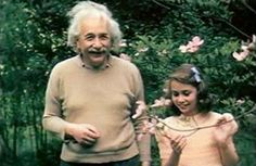 Amazing letter from Einstein to his daughter on the scientific role of LOVE in the Universe. A letter from Albert Einstein to his daughter In the late Lieserl, the daughter of the famous. New Jersey, Letter To Daughter, Nobel Prize In Physics, Theoretical Physics, Theory Of Relativity, Physicist, What Is Love, Love Letters, Gods Love