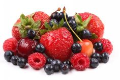 - Berry Lip Gloss Recipe Ingredients: - Petroleum Jelly - Berries (strawberries, raspberries, blueberries, whatever you prefer! Study Snacks, Always Hungry, Abdominal Fat, Mixed Berries, Fitness Workouts, Smoothie Recipes, Raspberry, Blueberry, Healthy Eating