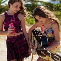 Hoje a festa é na praia ... Elas usam , elas amam !!! Petit Gâteau ... #petitlovers #summer #party #teen #itgirl