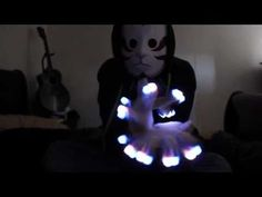 [Mind Gamez] LED Glove Light Show - Bare Noize - Medison